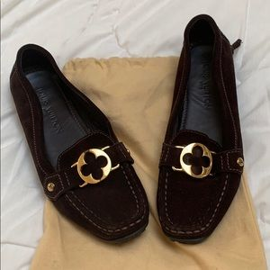 LOUIS VUITTON brown suede loafers size 8